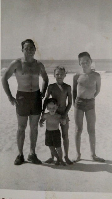 Walter and sons .Steve. David and the little one is Bryan